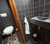 Openbaar toilet aan boord