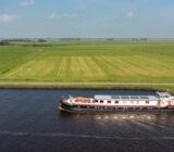 Lena Maria varend door Friesland