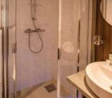 Fluvius badkamer 2-persoonshut bovendek