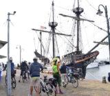 Halve Maen schip in Volendam