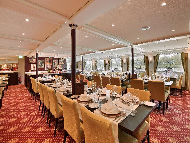 Poseidon - Restaurant - Tafels